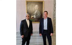 دیدار سفیر ایران در وین با دبیرکل صلیب سرخ اتریش با محور کرونا
