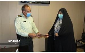 مینو زمان: جهادگران نیروی انتظامی همواره جان خود را در طبق اخلاص می گذارند