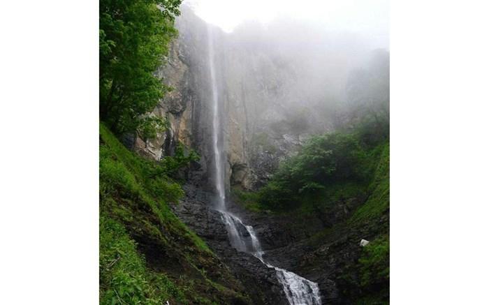 اختصاص ۶۰۰ میلیون تومان برای احداث پیاده راه آبشار لاتون و استیل عباسآباد