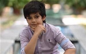 راستین عزیزپور: بازیگری شخصیتم  را پخته تر کرده است اما هنوز هم بچگی میکنم