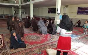 بهره مندی بیش از 2200 نفر از آموزش همگانی در خانه های هلال استان زنجان