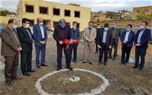 کلنگ احداث اولین کارگاه توانبخشی دانشآموزان با نیازهای ویژه در کردستان به زمین زده شد