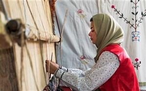 زنان؛ ۹۲ درصد بافندگان فرش دستباف در گیلان