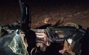 رها سازی مصدومان حادثه واژگونی سقوط سواری پژو آردی از پل در سه راهی طویقون