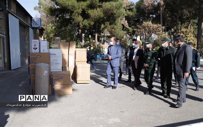 ورود  دومین دستگاه اکسیژن ساز و  15 سری کامل ICU به بیمارستان 22 بهمن  نیشابور