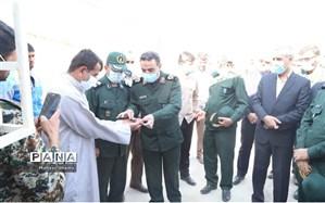 تحویل 25 واحد مسکونی  به مددجویان تحت حمایت کمیته امداد امام خمینی (ره)  ماهشهر