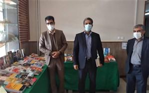 بازدید مدیرکل آموزش و پرورش شهرستانهای استان تهران از نمایشگاه کتاب چهاردانگه