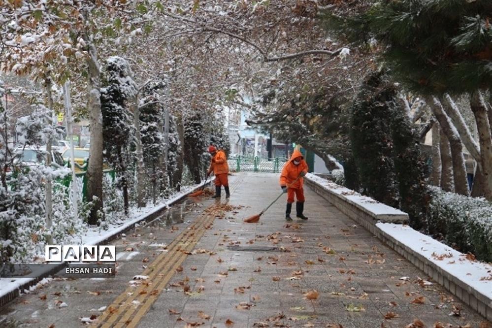 بارش برف پاییزی در مشهد