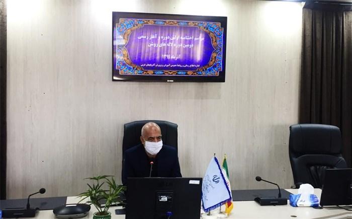 ٧٢٣ یادواره با عنوان لاله هاى روشن در مدارس آذربایجان غربى برگزار شده است