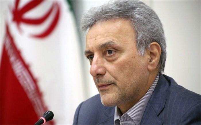 محمود نیلی احمدآبادی رئیس دانشگاه تهران