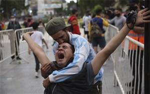 مردم آرژانتین دست به کار شدند؛ مجازات سلفی با پیکر مارادونا چه بود؟