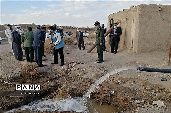 بازدید فرمانده سپاه انصارالرضا (ع) خراسان جنوبی از پروژه برق رسانی به روستای کوشه سفلی