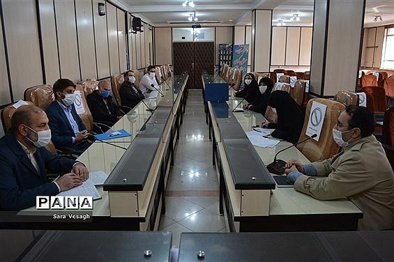 اولین جلسه شورای امر به معروف و نهی از منکر آموزش و پرورش شهریار