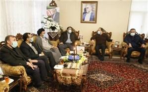 دیدار فرزندان شهدای شاخص انقلاب و دفاع مقدس با خانواده شهید فخریزاده