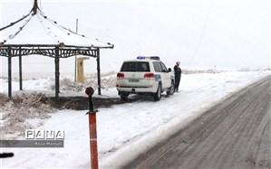 بارش برف و باران در جاده چالوس و آزادراه قزوین-رشت