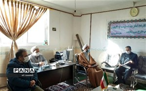 دیدار مدیر آموزش و پرورش  با امام جمعه شهرستان کلات به مناسبت هفته قرآن،عترت و نماز