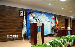 فولادوند: ۱۰۵۶ روحانی در مدارس شهر تهران نماز را اقامه می کردند
