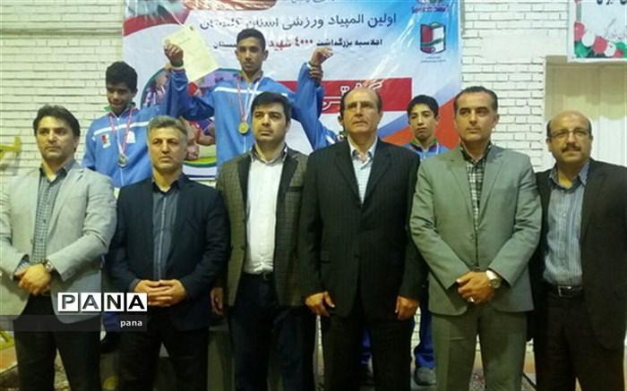 مقام سوم کشتی راه و شهرسازی گلستان در مسابقات لیگ برتر کشتی آزاد