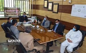 دیدار مدیر آموزش و پرورش ناحیه ۳ اهواز با رئیس و پرستاران بیمارستان رازی اهواز