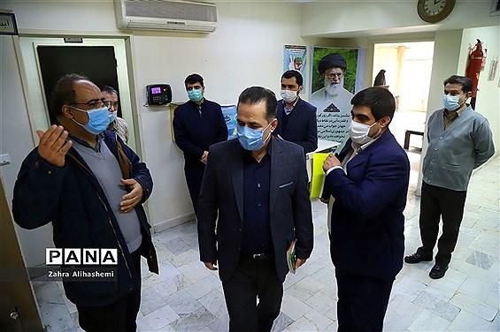 بازدید محسن بهارلو از ساختمان شماره چهار آموزش و پرورش شهر تهران