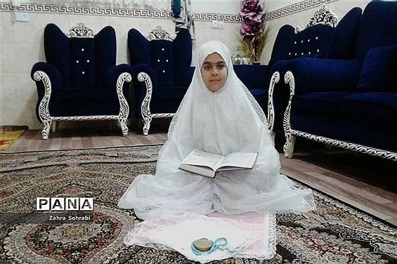برگزاری مراسم جشن عبادت پایه سوم ابتدایی دخترانه در منطقه 16 تهران