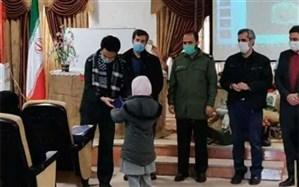 از خانواده شهید مدافع حرم شهرستان پیشوا تجلیل شد