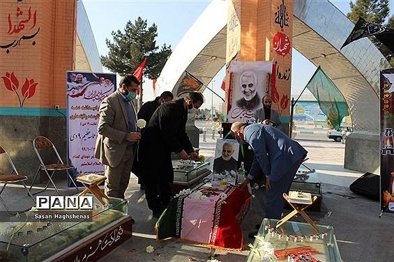 گرامیداشت یاد سردار دلها شهید سلیمانی در مقبره شهدای گمنام اسلامشهر