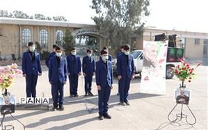 گروه سرود صابرین در فلاورجان به مناسبت سالگرد شهید سلیمانی برنامه اجرا کردند