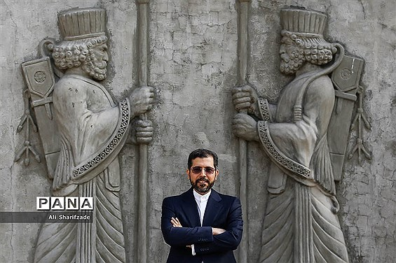 اقدام انسان دوستانه ایران و خروج خدمه کشتی کرهای از ایران