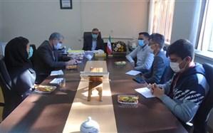 برگزاری جلسه نمایندگان مجلس دانش آموزی با ریاست  اداره آموزش و پرورش منطقه امامزاده