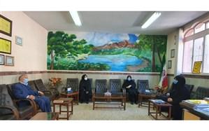 بازدید سرزده مدیر آموزش و پرورش منطقه1 تهران از مدارس بخش رودبار قصران