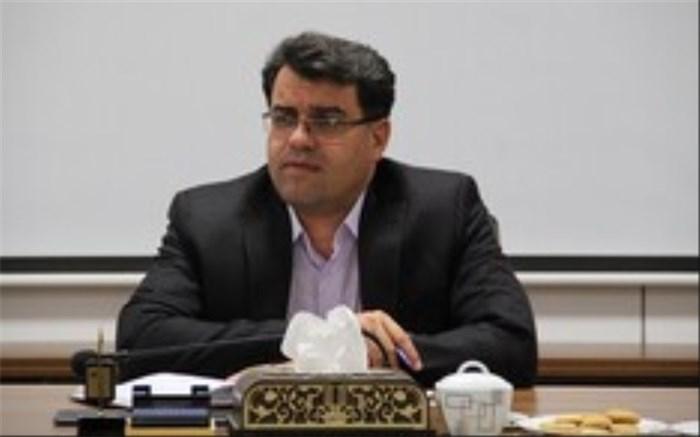 مسئولان، دانشگاه یزد را حمایت کنند