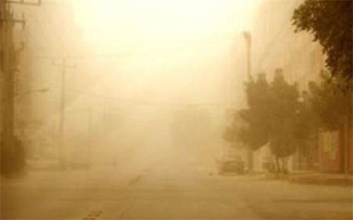 نصرت آباد در هاله ای از غبار فرو رفت