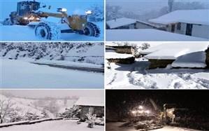 ۵۰ روستای املش درگیر برف هستند،  راههای اصلی باز است