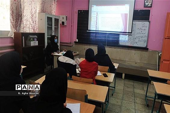 برگزاری دوره تربیت خبرنگار ویژه دانشآموزان دختر در شیراز