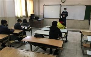 اولین جلسه از کلاس هاى آموزش خبرنگارى دانش آموزان پسر برگزار شد