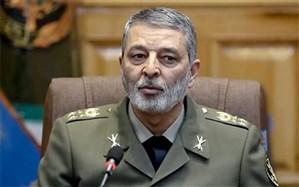 فرمانده کل ارتش:  رزمایش اقتدار نزاجا بیانگر مهارتهای نیروی انسانی بود