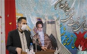 بازگشت عزت و اعتماد ملی از مهمترین دستاوردهای انقلاب اسلامی برای ملت ایران بود