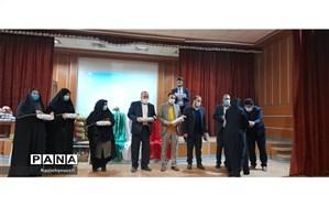تجلیل از آموزش دهندگان نهضت سوادآموزی شهرستان قرچک به مناسبت روز زن