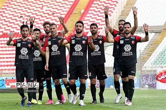 فدراسیون فوتبال اشتباه داوری علیه پرسپولیس را تایید کرد