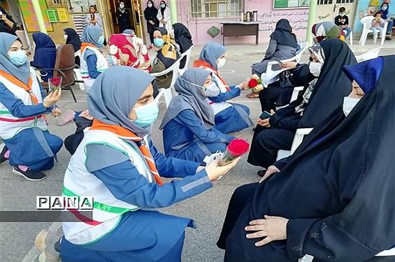 آیین گرامیداشت ولادت حضرت زهرا (س) در دبیرستان تشکیلاتی پاینده اهواز