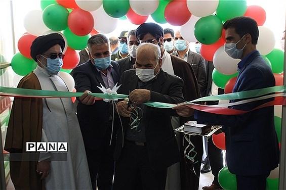 افتتاح مدرسه اسفندآباد ابرکوه به مناسبت دهه فجر