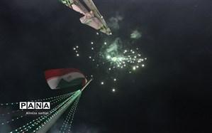 نورباران آسمان ایران اسلامی در شب 22 بهمن