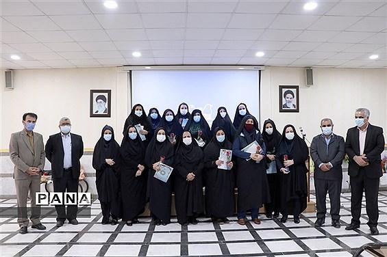 آیین گرامیداشت هفته زن و روز مادر در آموزش و پرورش ناحیه 2 اهواز