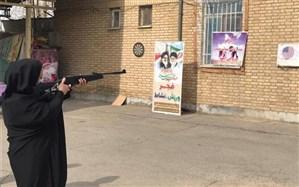 مسابقه تیراندازی گرامیداشت دهه فجر انقلاب اسلامی در آموزش و پرورش پیشوا