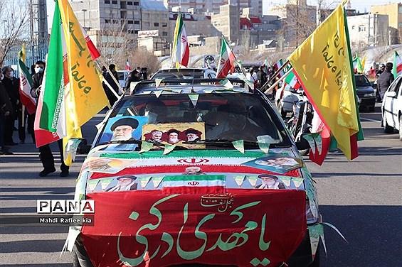 رژه خودرویی یوم الله ۲۲ بهمن در آذربایجان شرقی