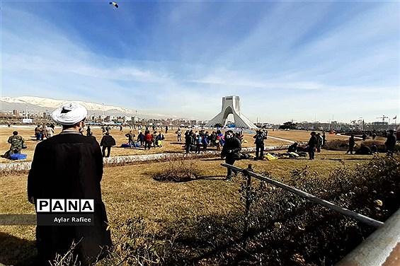 آخرین راهپیمایی 22 بهمن قرن