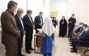خوزستانیها بیشترین تبلت را به دانشآموزان نیازمند اهدا کردند