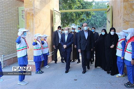 بازدید مدیرکل تربیت بدنی و فعالیتهای ورزشی وزارت آموزش و پرورش  از مدرسه شهید معینی  بوشهر