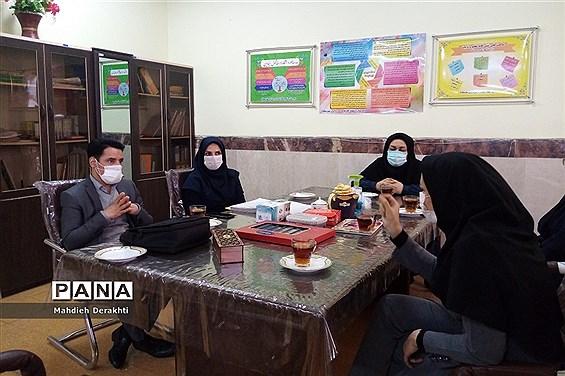 اجرای طرح یاریگران زندگی درآموزش و پرورش ناحیه یک بهارستان